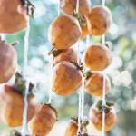 農家の軒先で見つけた、つるし柿。川崎町は自然と人の豊かな暮らしがあります