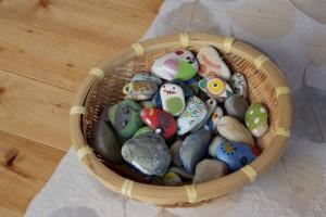 石の工作体験作品